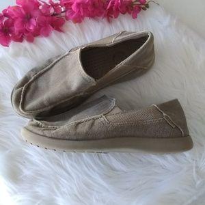 CROCS  Santa Cruz Canvas Loafers Size J6 EUC!